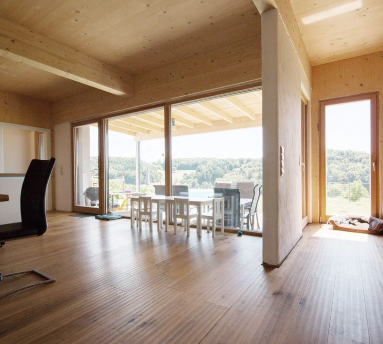 nat rlich massiv greenline architects. Black Bedroom Furniture Sets. Home Design Ideas